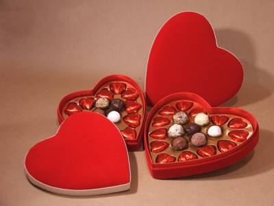 b2ap3_thumbnail_Valentines-Day-Chocolates.jpg