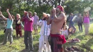 La Cérémonie des 8000 Tambours Sacrés (France)