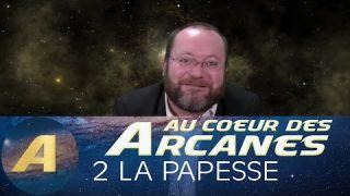Au cœur des arcanes du Tarot de Marseille : 2 La Papesse.