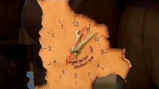La Bolivie se pare d'une horloge inversée