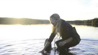 Balance of love - The art of balancing stones - Jonna Jinton