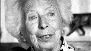 Jeanne Rousseau, H2O, cosmos et bioélectronique part.3