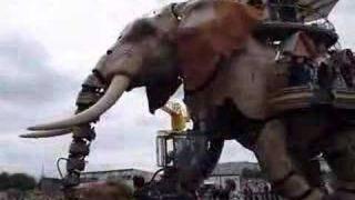 L'éléphant de Nantes Machine de l'ile